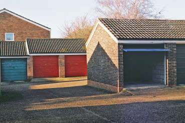 Garages_by_Thomas Abbs