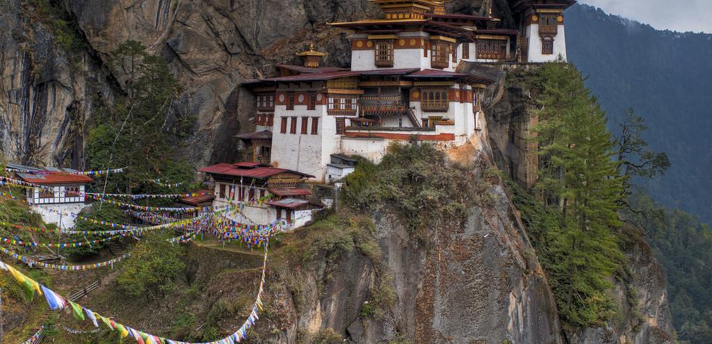 Taktsang Monastery Tiger´s nest in Bhutan_by_Göran Höglund (Kartläsarn)