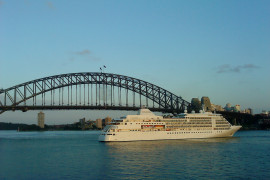 Cruise Ship_by_~~ ItsJegh ~~