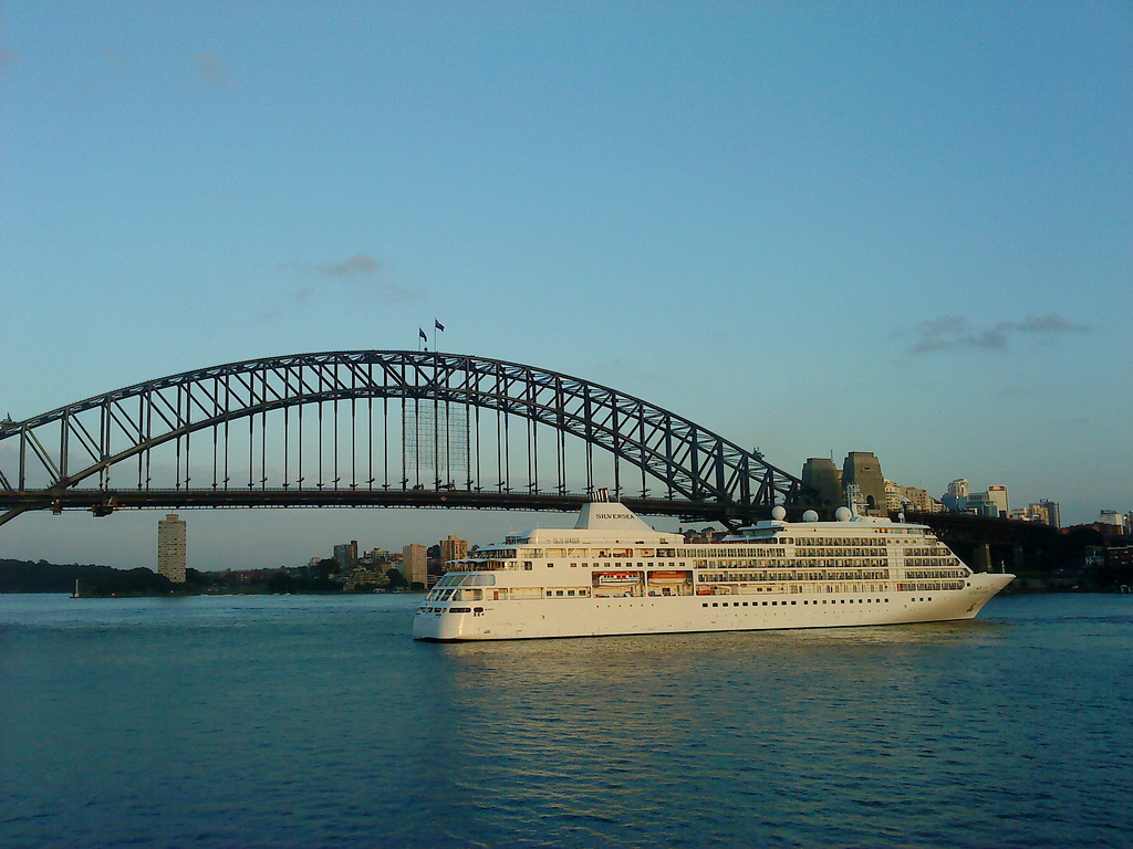 Cruise Ship_by_~~ ItsJegh ~~