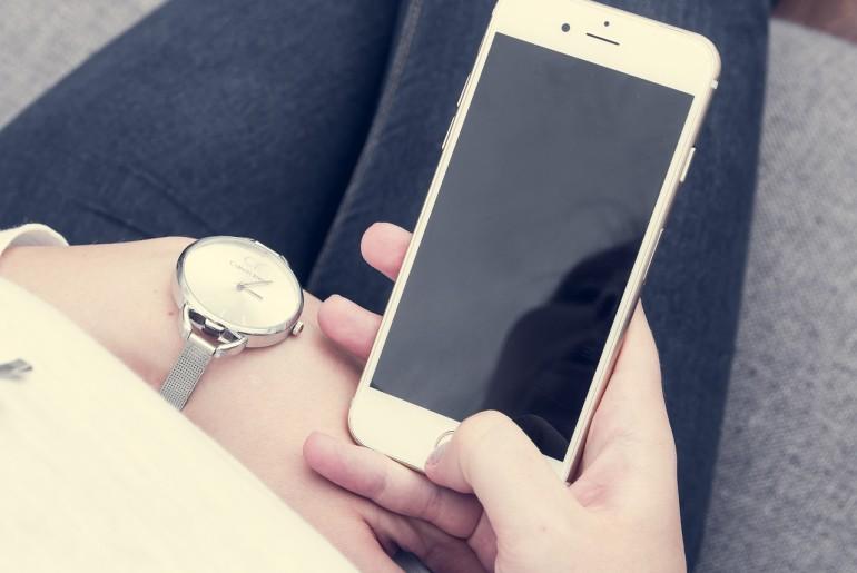 iphone-1032781_1280