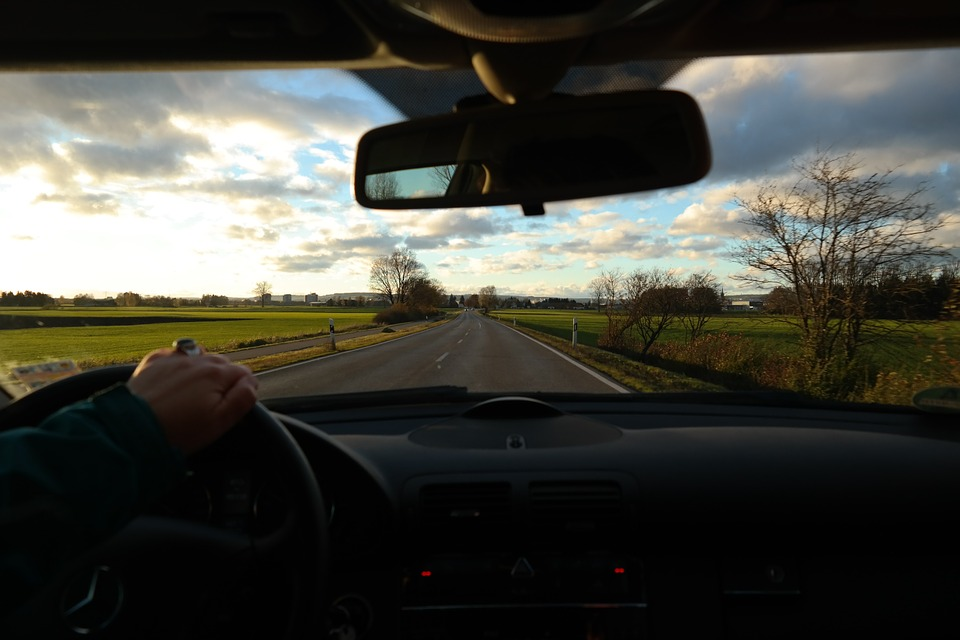 road-231917_960_720