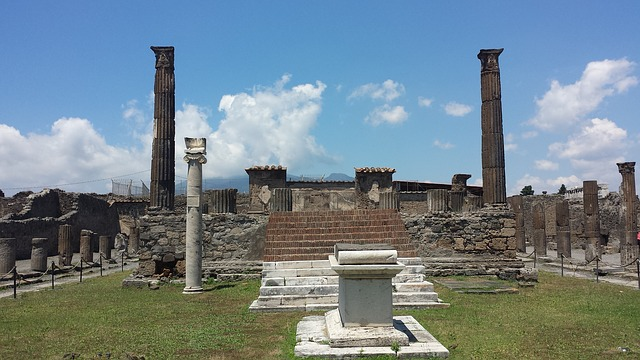 pompeii-2006439_640